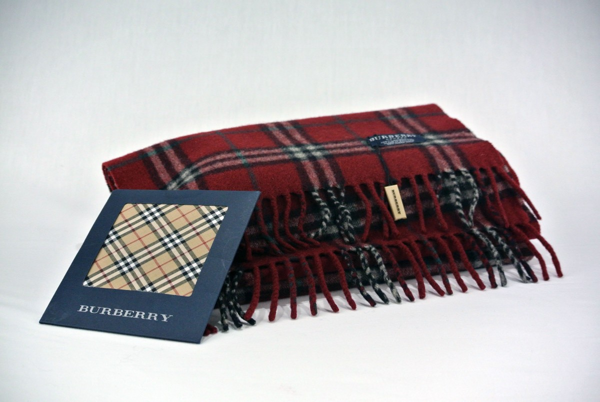 Burberry Bundle - Lambswool Scarf and Cotton Handkerchief